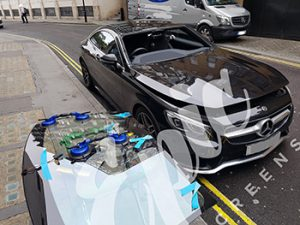 Glass Scratch Remover - Windscreen Repair & Replacement London, UK